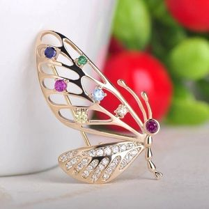 🌟N E W🌟Multi Crystals Butterfly Brooch